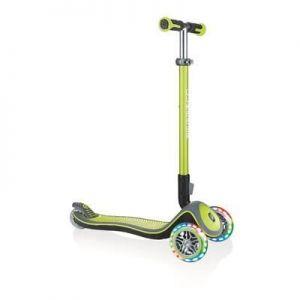Самокат GLOBBER серии ELITE DELUXE зеленый колеса с подсветкой до 50кг 3+ 3 колеса