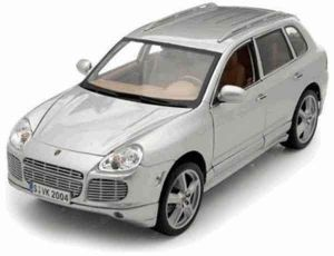 Автомодель (1:18) Porsche Cayenne Exclusive Turbo серебристый
