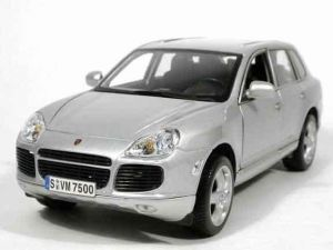 Автомодель (1:18) Porsche Cayenne серый металлик