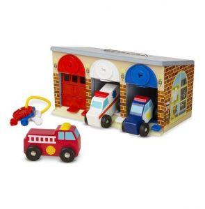 Игровой набор Гараж спасательных машин Melissa & Doug